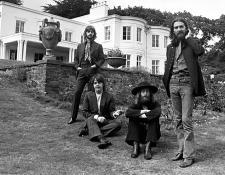 BeatlesAbbeyRoad50BandWPRShot450.jpg