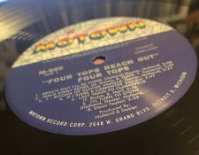 AR-MotownMonoGrandLabel450.JPG