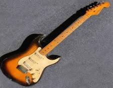 AR-1954FenderStrtatocaster225.jpg