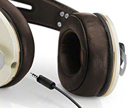 https://audiophilereview.com/images/AR-HeadphoneUnplugCropped225.jpg