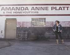 http://audiophilereview.com/images/AmandaAnnePlatt.jpg