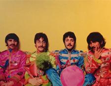 http://audiophilereview.com/images/BeatlesSgtPepperVinylInsert225.jpg