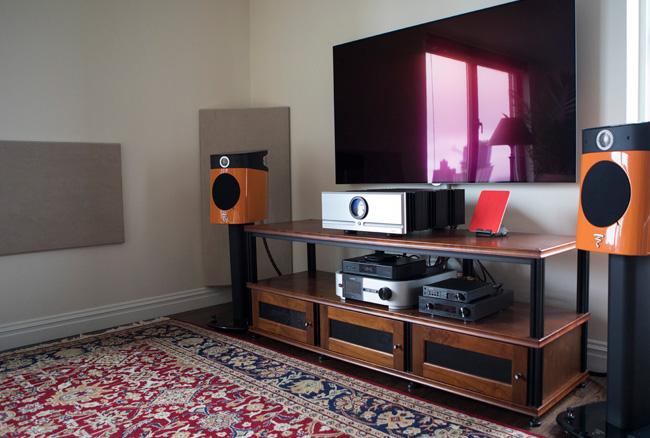 http://audiophilereview.com/images/Ben-Shyman-System-1.jpg