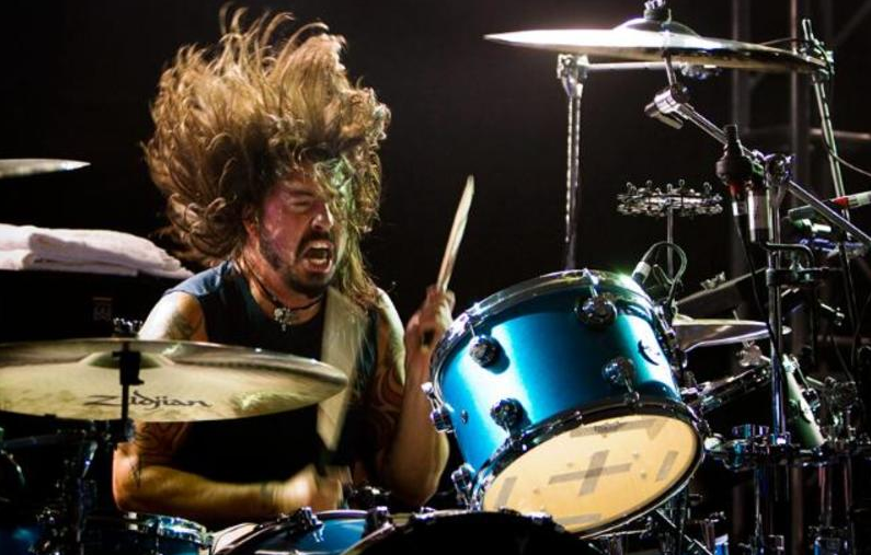 https://audiophilereview.com/images/DaveGrohl.png