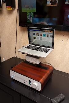AR-Listenup3.jpg