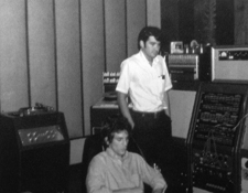 http://audiophilereview.com/images/RecordingBigStarAlexJim225.jpg