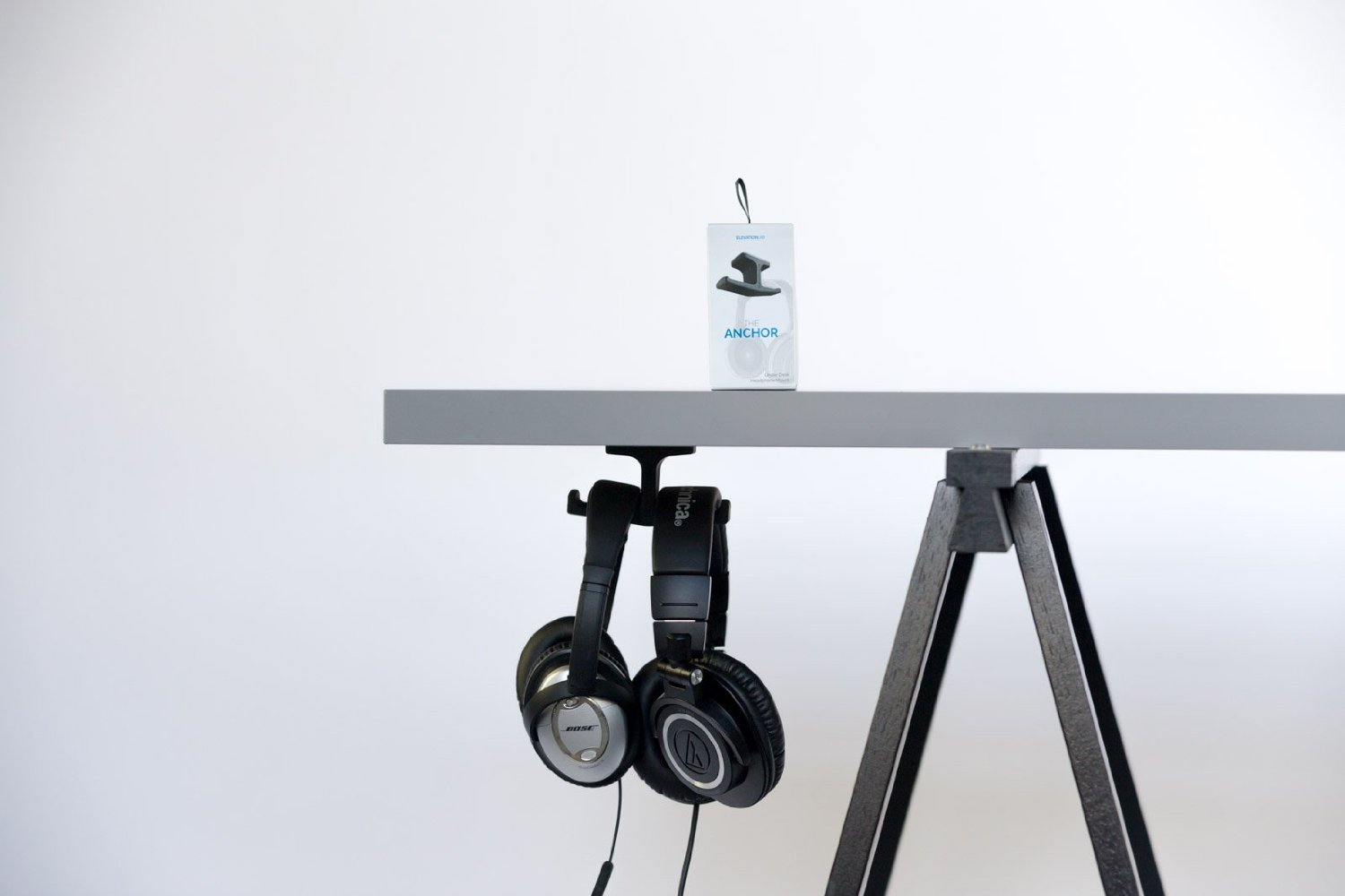 http://audiophilereview.com/images/anchorstand.jpg