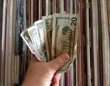 AR-cash2a.jpg