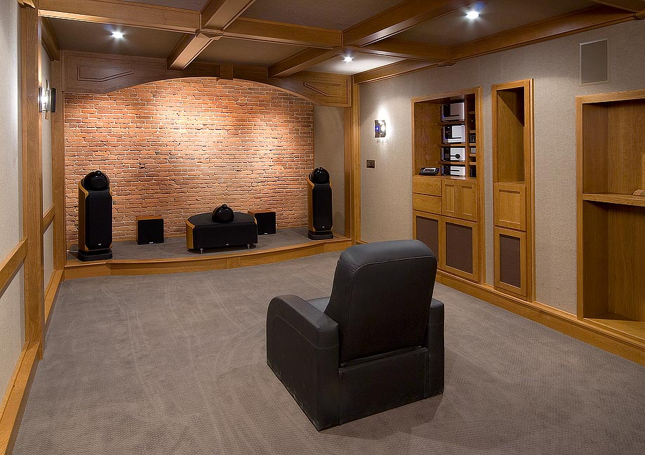 http://audiophilereview.com/images/isofraudio10a.jpg