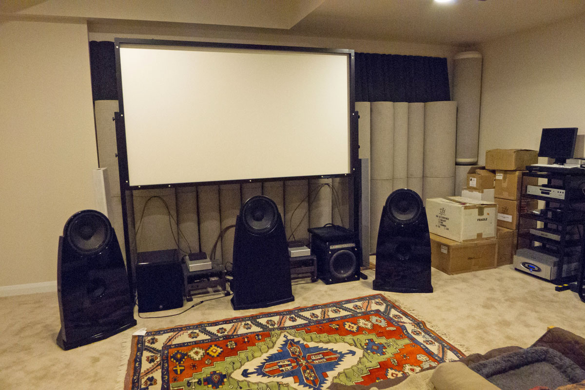 http://audiophilereview.com/images/main_room1.jpg