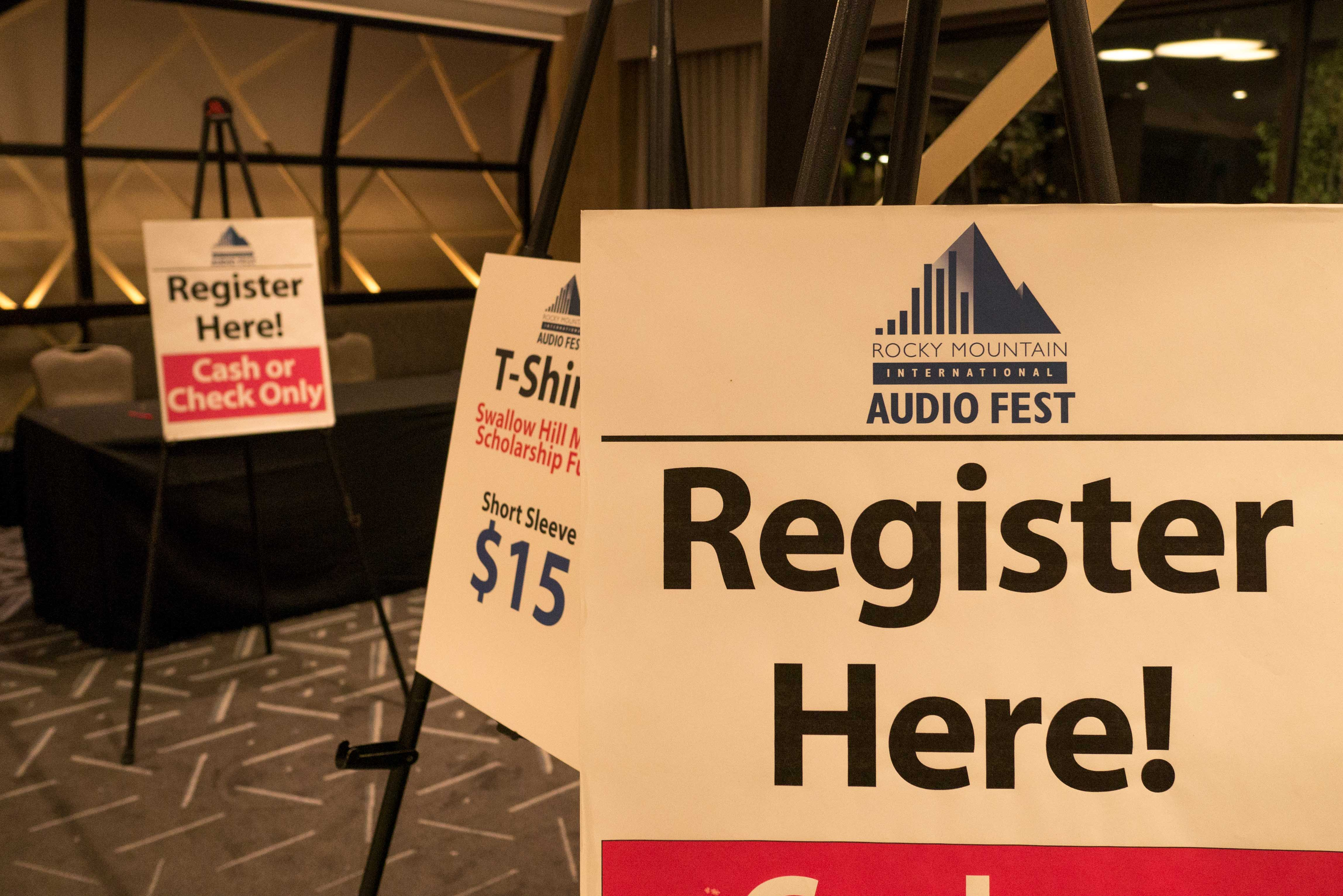 http://audiophilereview.com/images/rmaf2016-2-small-2.jpg