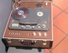 http://audiophilereview.com/images/skoff331.jpg