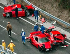AR-supercar_crash_1205.jpg