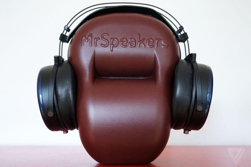 http://audiophilereview.com/images/whatbesides4a.jpg