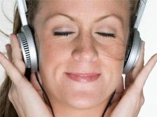 woman_headphones.jpg